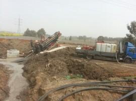 קידוח אופקי- בכביש 20- עבור מעצ - העתקת קוי חשמל